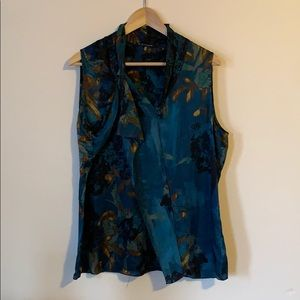 Elie Tahari 100% silk | size L